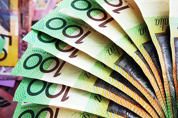 Consultez les dernières cotations, graphiques et actualités économiques sur le portail financier de Swissquote. Nous vous fournissons toutes les informations pour prendre les meilleures décisions d'investissement sur les indices boursiers, matières premières, devises, crypto-monnaies et plus encore.